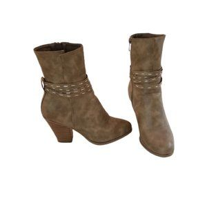 Journee Collection Tan Mid-Calf Boots, 8